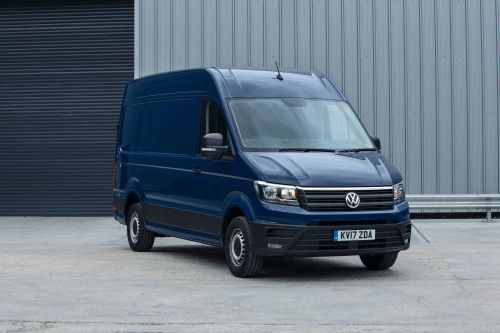 VOLKSWAGEN CRAFTER CR35 LWB DIESEL 2.0 TDI 140PS Startline Business D/Cab Chassis view 5